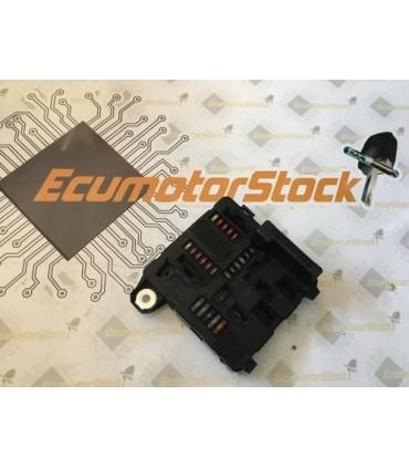 ELECTRONIC CONTROL UNIT ( ECU ) UPC RENAULT S118399300J 8200306033A UPC X84 N3