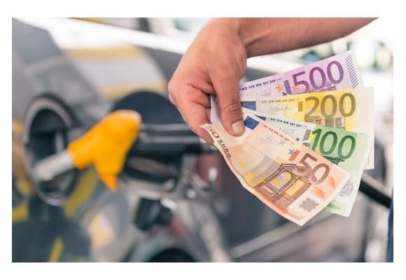5 útiles consejos que te permitirán ahorrar gasolina